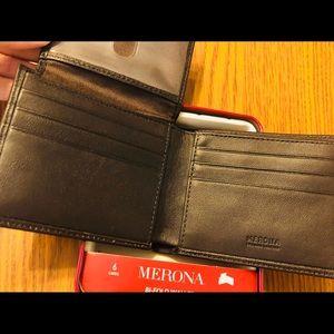 Merona men's wallet NWT